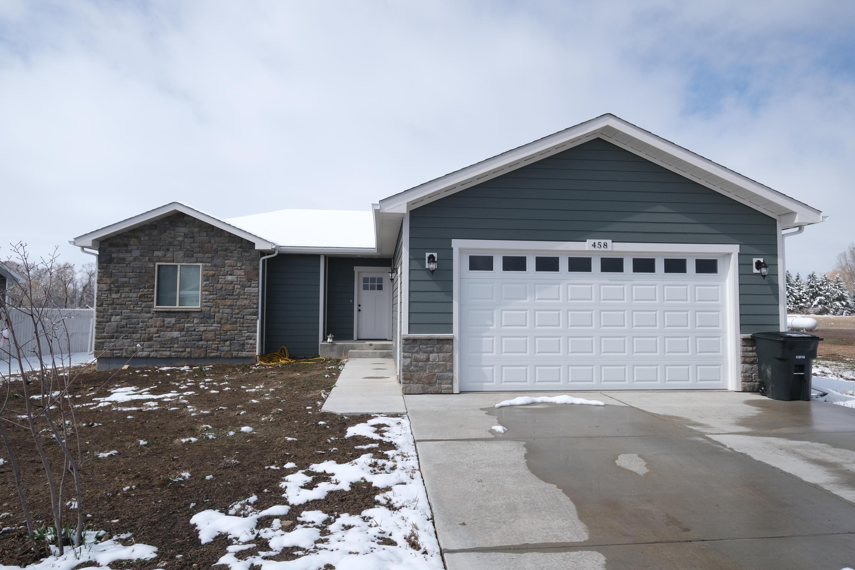 458 Brook Street, Ranchester, Wyoming 82839, 2 Bedrooms Bedrooms, ,2 BathroomsBathrooms,Residential,For Sale,Brook,19-323