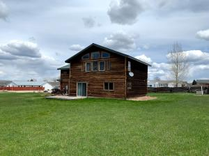 37 Sand Turn Court, Dayton, WY 82836