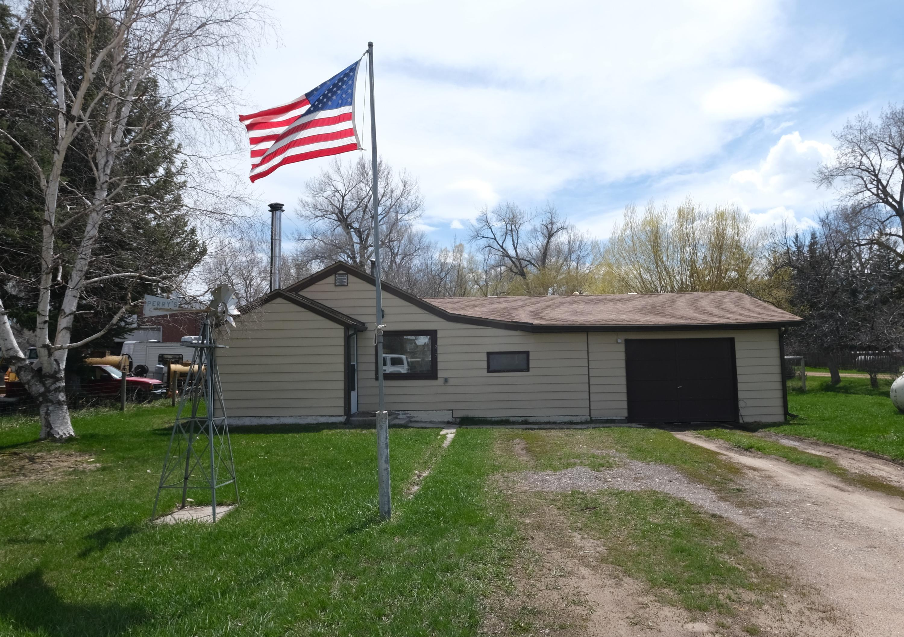 217 River Road, Dayton, Wyoming 82836, 2 Bedrooms Bedrooms, ,1 BathroomBathrooms,Residential,For Sale,River,19-403
