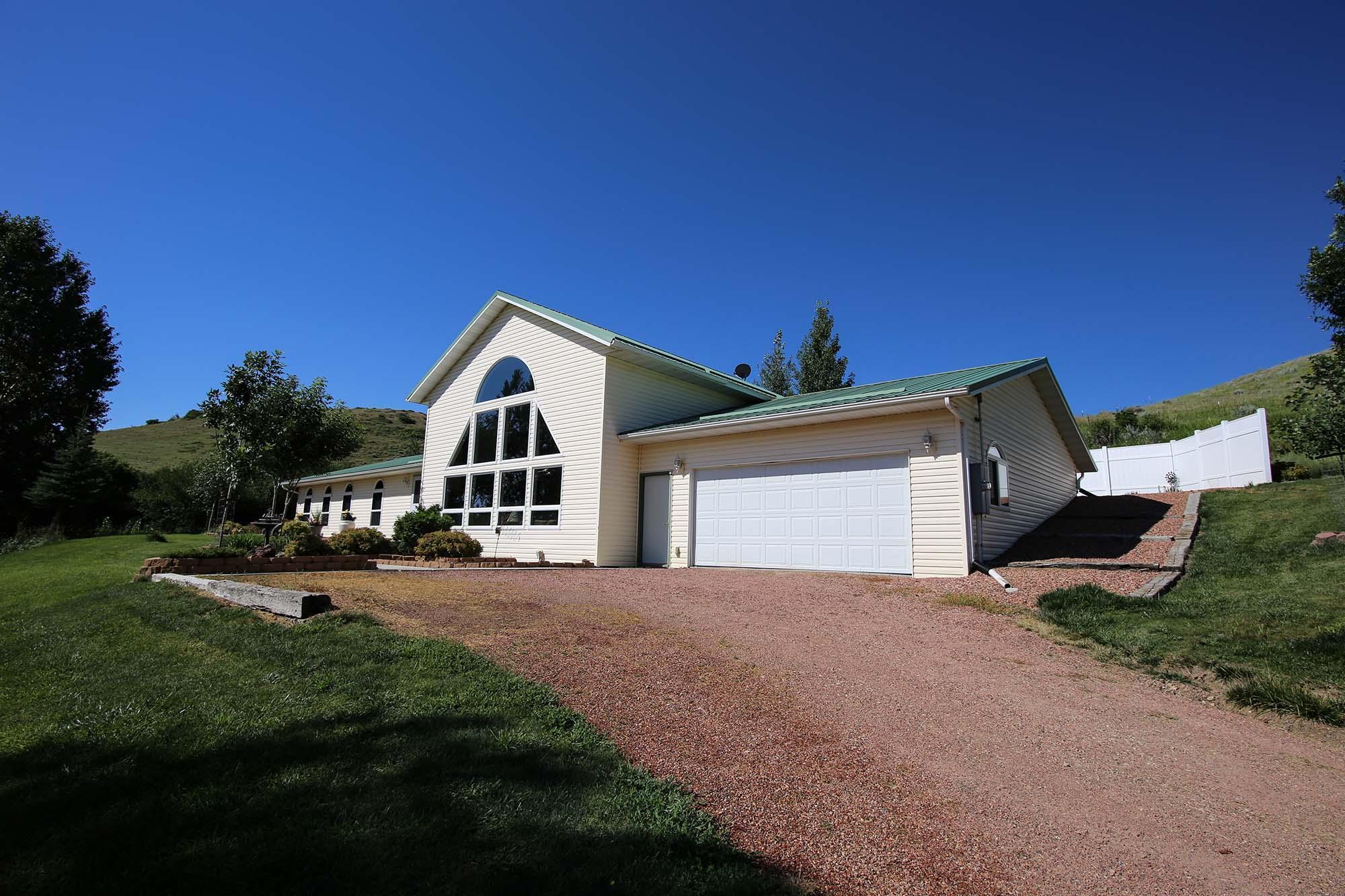 4 Desiree Drive, Banner, Wyoming 82832, 3 Bedrooms Bedrooms, ,2 BathroomsBathrooms,Residential,For Sale,Desiree,19-496