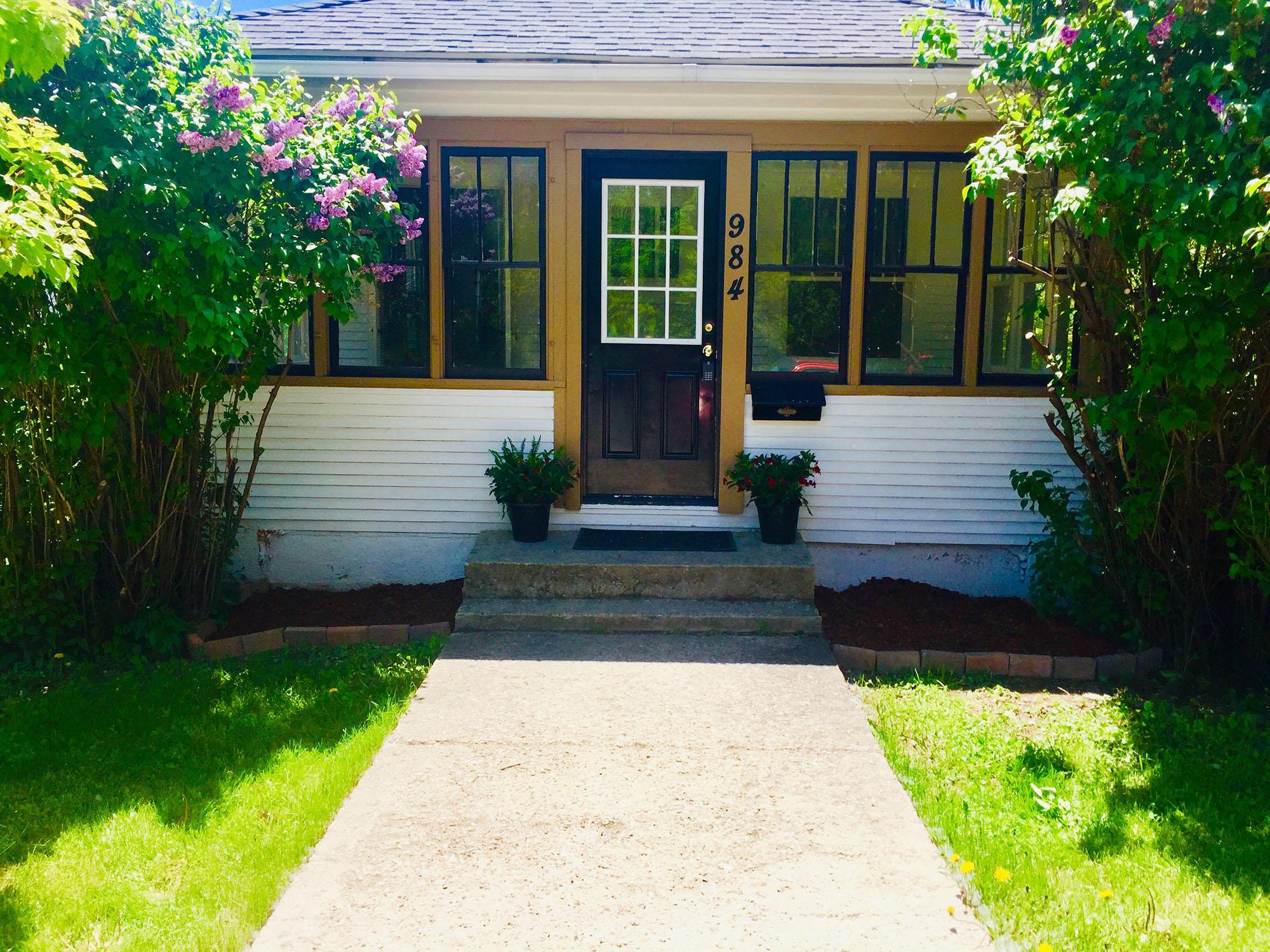 984 W Loucks Street, Sheridan, Wyoming 82801, 1 Bedroom Bedrooms, ,1 BathroomBathrooms,Residential,For Sale,Loucks,19-556