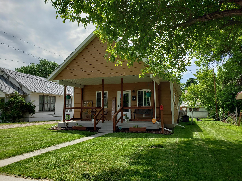 216 S Linden Avenue, Sheridan, Wyoming 82801, 2 Bedrooms Bedrooms, ,2 BathroomsBathrooms,Residential,For Sale,Linden,19-584
