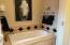 Mater Suite Bathroom