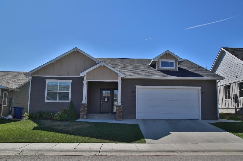 2312 Larch Lane, Sheridan, Wyoming 82801, 3 Bedrooms Bedrooms, ,2 BathroomsBathrooms,Residential,For Sale,Larch,19-907