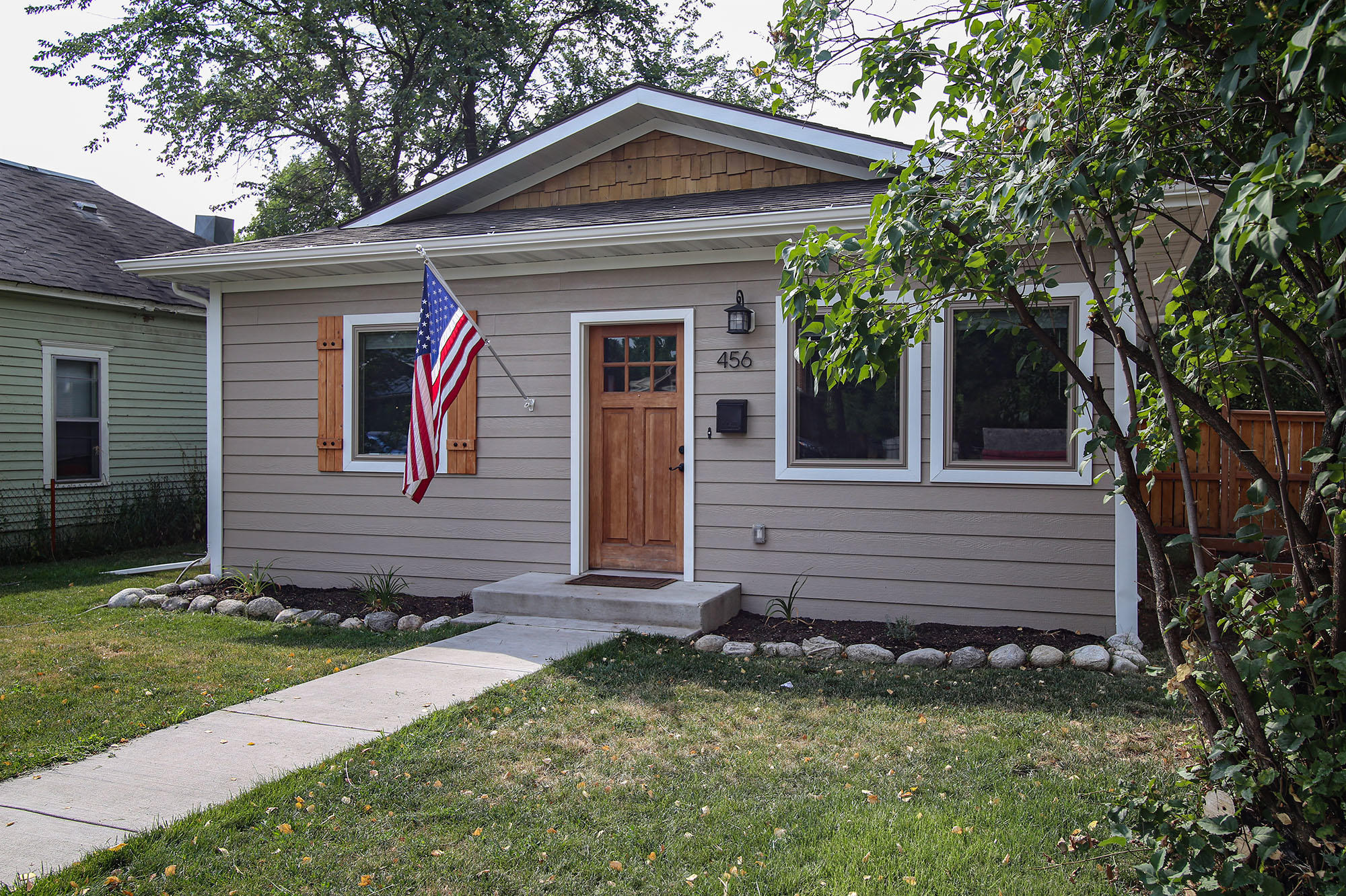 456 E 3rd Street, Sheridan, Wyoming 82801, 3 Bedrooms Bedrooms, ,2 BathroomsBathrooms,Residential,For Sale,3rd,20-755