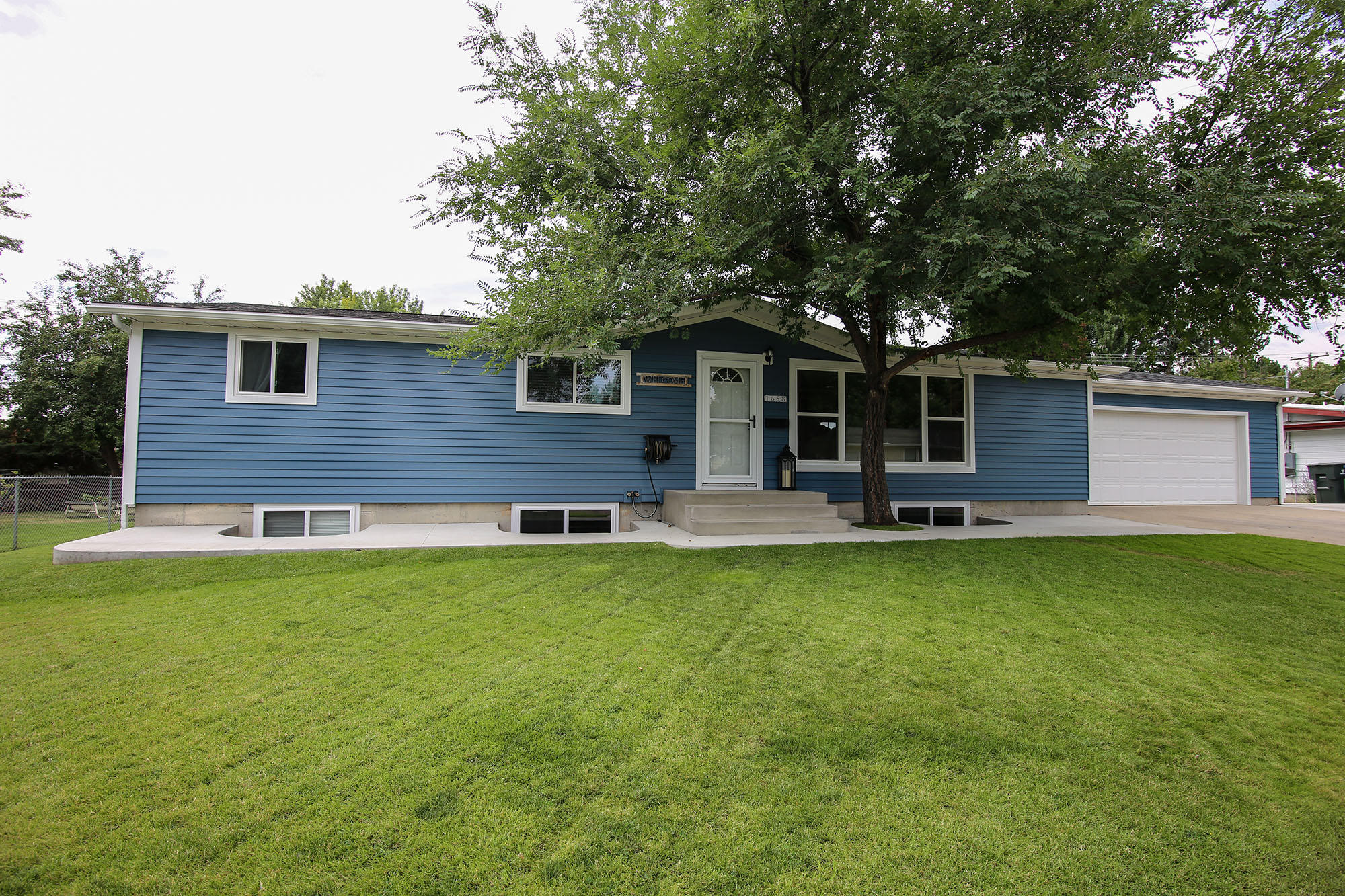 1658 S Mountain View Drive, Sheridan, Wyoming 82801, 5 Bedrooms Bedrooms, ,1.5 BathroomsBathrooms,Residential,For Sale,Mountain View,20-756