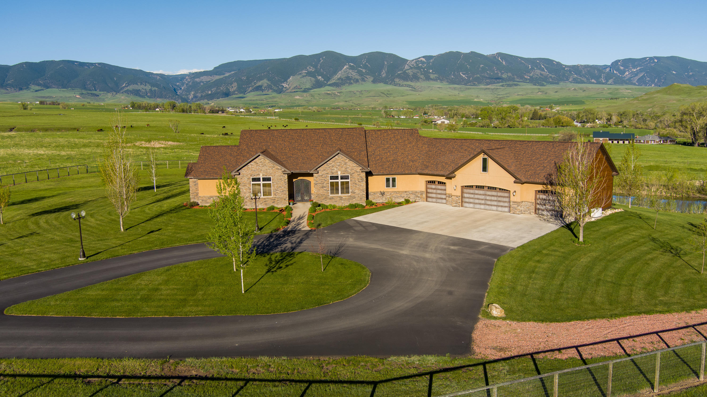 Sheridan Real Estate For Sale 850k Features Luxury Homes Estates