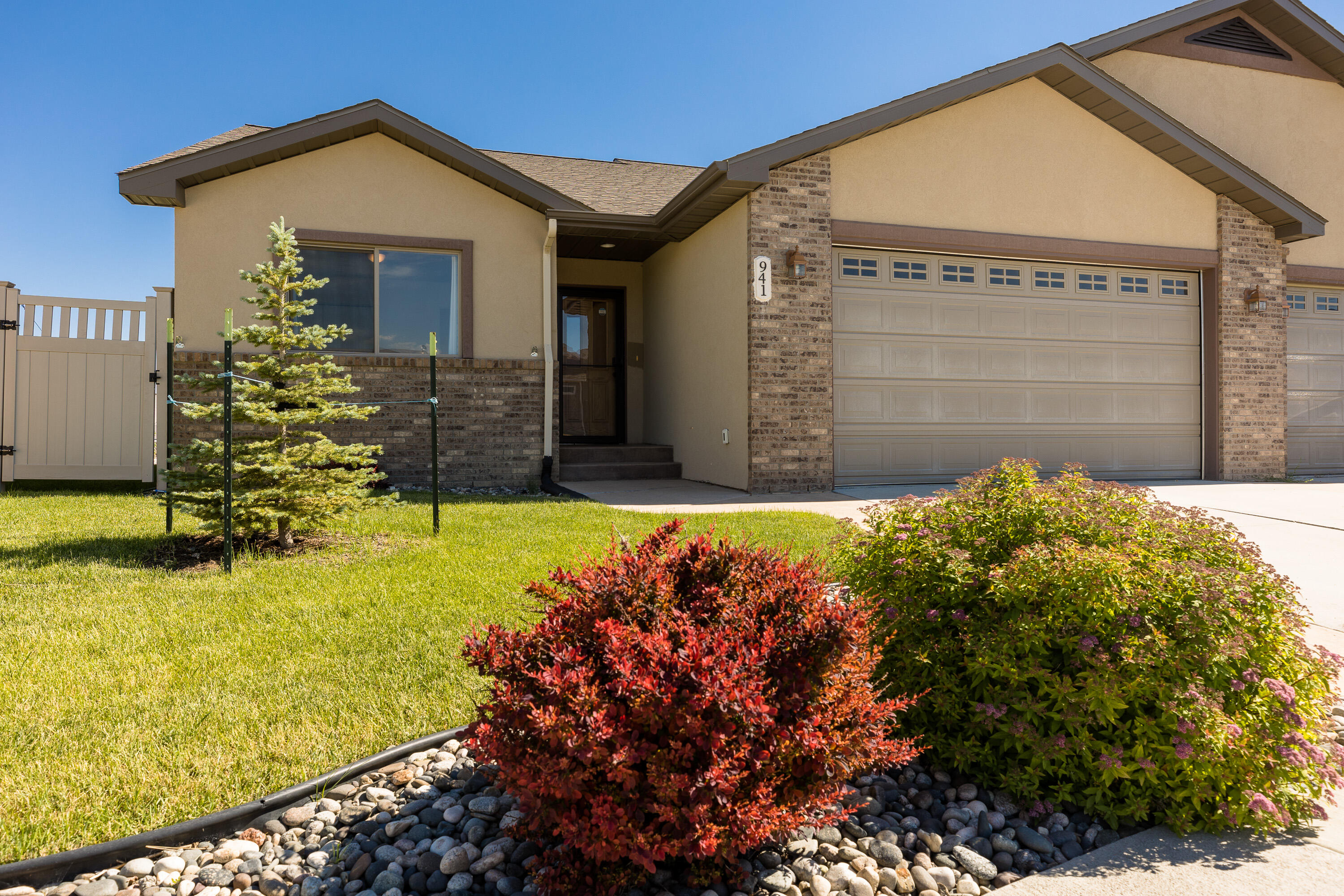 941 Pinyon Place, Sheridan, Wyoming 82801, 2 Bedrooms Bedrooms, ,2 BathroomsBathrooms,Residential,For Sale,Pinyon,21-644