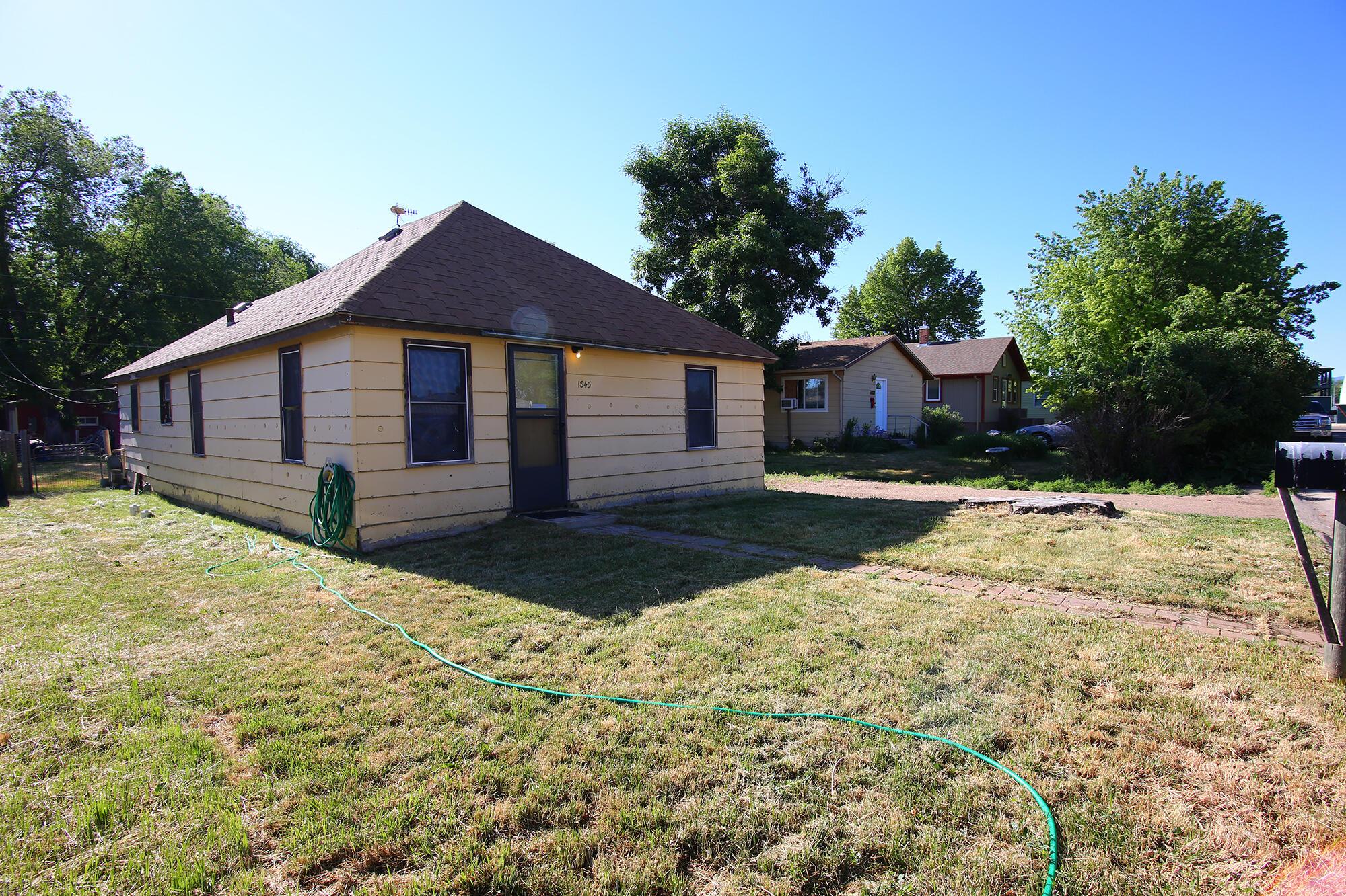 1845 Frackleton Street, Sheridan, Wyoming 82801, 2 Bedrooms Bedrooms, ,1 BathroomBathrooms,Residential,For Sale,Frackleton,21-645