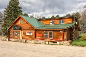 402 St Hwy 193, Banner, WY 82832