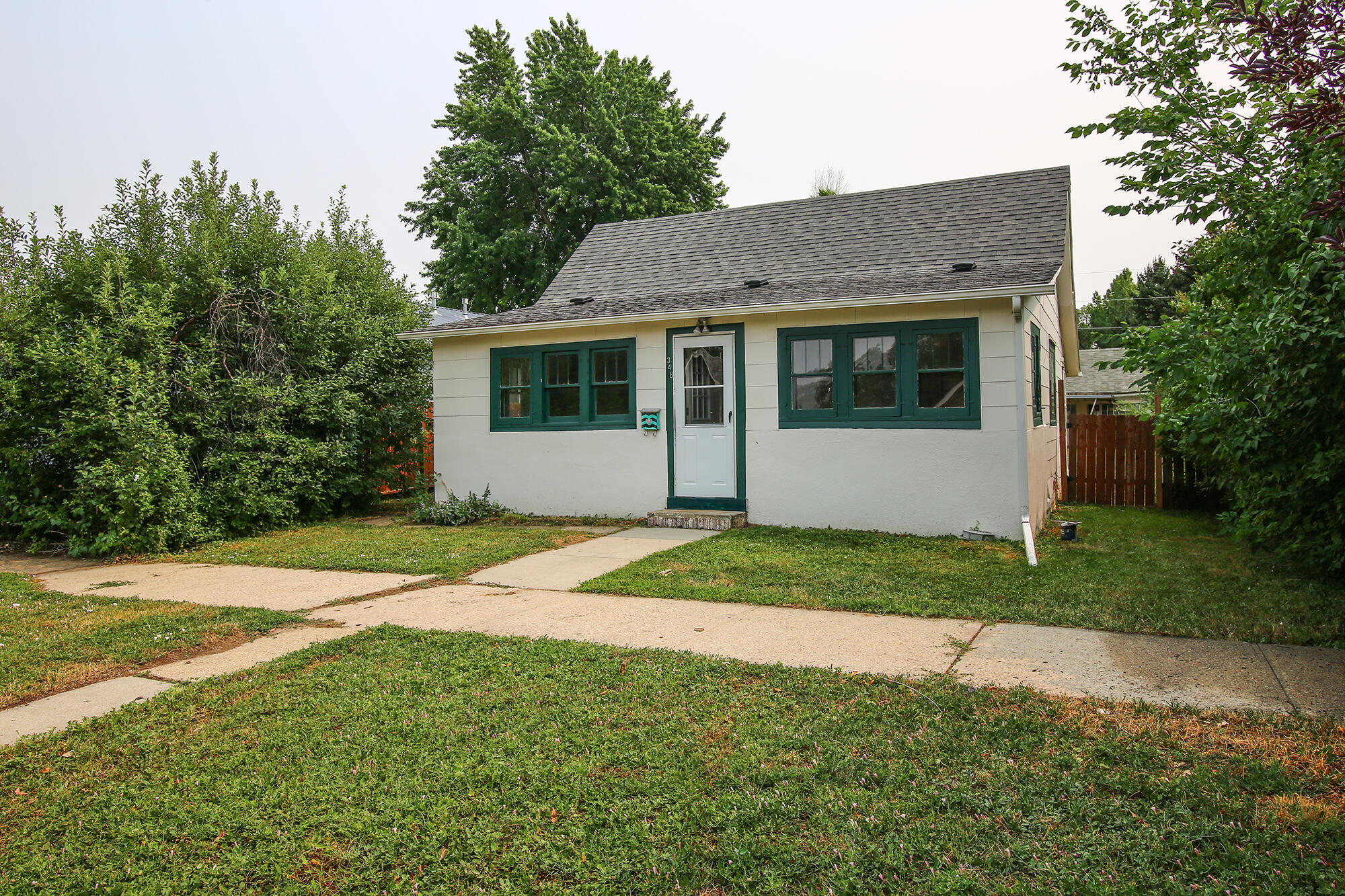 348 E 2nd Street, Sheridan, Wyoming 82801, 3 Bedrooms Bedrooms, ,1 BathroomBathrooms,Residential,For Sale,2nd,21-822