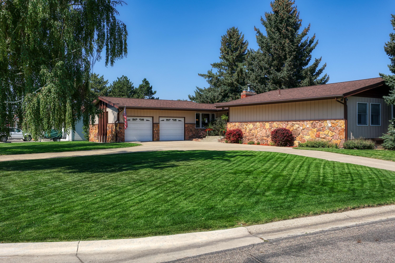 1890 Fairway Lane, Sheridan, Wyoming 82801, 4 Bedrooms Bedrooms, ,3 BathroomsBathrooms,Residential,For Sale,Fairway,21-1032