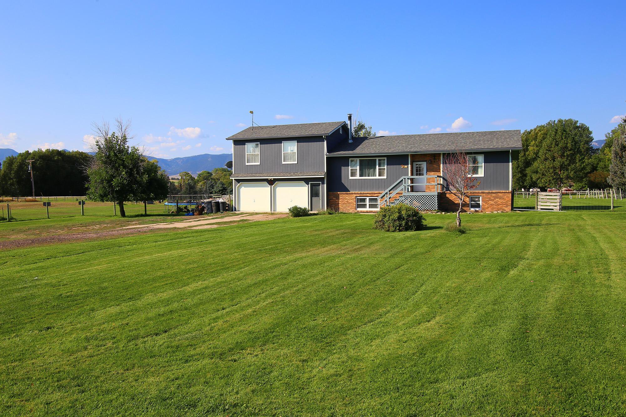 4 Timm Street, Sheridan, Wyoming 82801, 4 Bedrooms Bedrooms, ,2 BathroomsBathrooms,Residential,For Sale,Timm,21-1046
