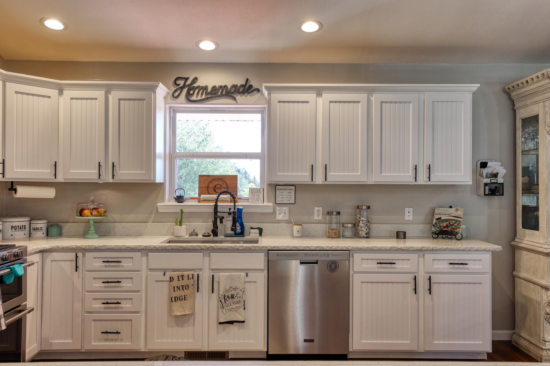 407 Shadow Ridge Boulevard, Sheridan, Wyoming 82801, 4 Bedrooms Bedrooms, ,3 BathroomsBathrooms,Residential,For Sale,Shadow Ridge,21-1105
