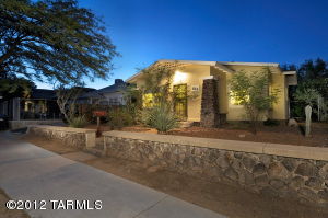 834 E 9th Street, Tucson, AZ 85719