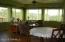 Nice open livingroom,