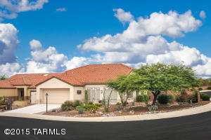 Sun City 2BR/2BA +den Whitehall model on Cul-De-Sac lot w/mountain views.