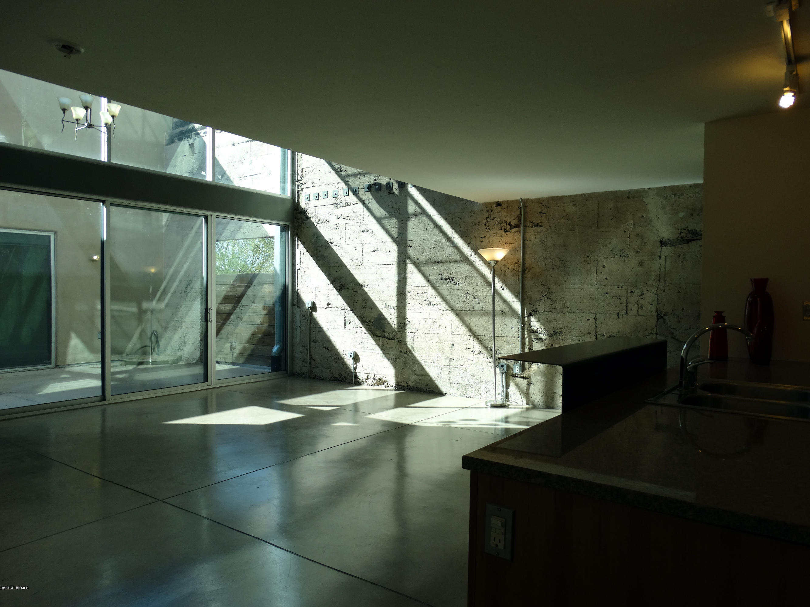 Enjoyable Ice House Loft 111 Near Downtown Tucson Az Is For Sale Download Free Architecture Designs Fluibritishbridgeorg