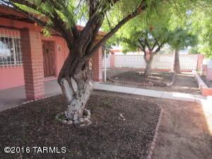901 W Illinois Street, Tucson, AZ 85714