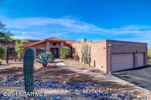7920 N Porto Fino Circle, Tucson, AZ 85742