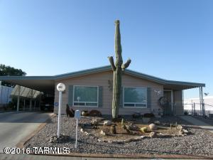 100 W Olive Drive, Green Valley, AZ 85614