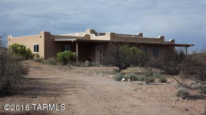 10445 N Saddlebag Trail, Elfrida, AZ 85610