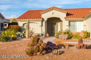 Welcome to 979 E Seven Palms Drive, Oro Valley, AZ 85755