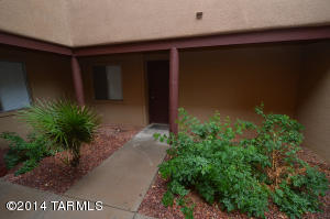 1810 E blacklidge, 305, Tucson, AZ 85719