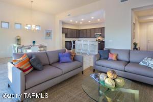 2547 W Overton Ridge Place, Tucson, AZ 85742