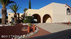 861 W Calandria, Green Valley, AZ 85622
