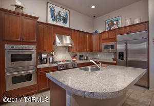 SPACIOUS KITCHEN WITH PLENTY OF COUNTER SPACE.