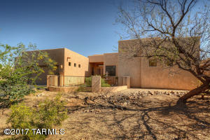11596 N La Tanya Drive, Oro Valley, AZ 85737