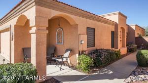 175 N Crescent Bell Drive, Green Valley, AZ 85614