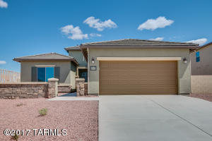 34177 S Bronco Drive, Red Rock, AZ 85145