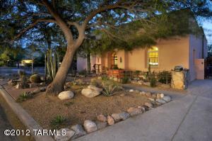 438 S 3rd Avenue, Tucson, AZ 85701