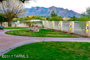 9909 N La Cholla (Set back 1/4 mile) Boulevard, Tucson, AZ 85742