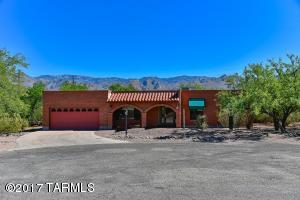 9043 E Cottontail Way, Tucson, AZ 85749