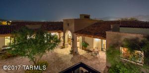 Jose Ceja designed Tucson estate