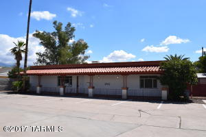 2912 N Tucson Boulevard, Tucson, AZ 85716