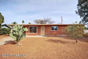 6341 E Calle Cappela, Tucson, AZ 85710