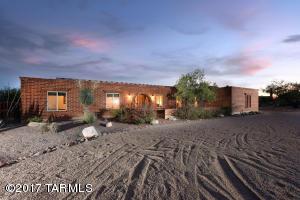 6062 N Camino Arizpe, Tucson, AZ 85718