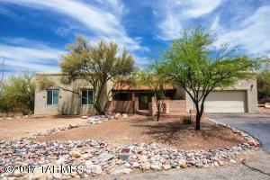 701 E Placita De Arnoldo, Tucson, AZ 85718