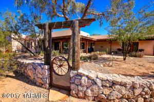 8238 N Sunset Ranch Loop, Tucson, AZ 85743