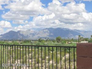 2136 N Jacana Loop, Tucson, AZ 85745