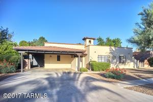 426 E Los Rincones, Green Valley, AZ 85614