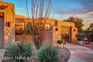 990 W Painted Clouds Place, Oro Valley, AZ 85755