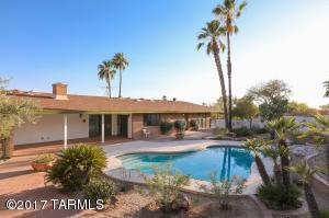 Wonderful backyard to entertain with gorgeous sunsets or peaceful evenings