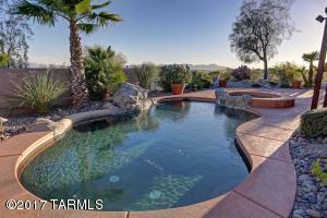 5441 N Crescent Hill Place, Tucson, AZ 85718