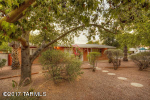 3625 E Seneca Street, Tucson, AZ 85716