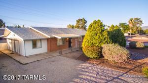 6365 E Calle Bellatrix, Tucson, AZ 85710